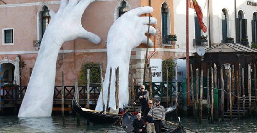 """Venedik'in En Güzel Zamanı """"Bienal Zamanı"""""""